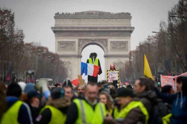 Gerakan Gilets Jaunes di Prancis