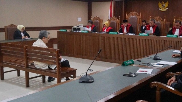Pengusaha Edward Soeryadjaya Divonis 12,5 Tahun Penjara  (195660)