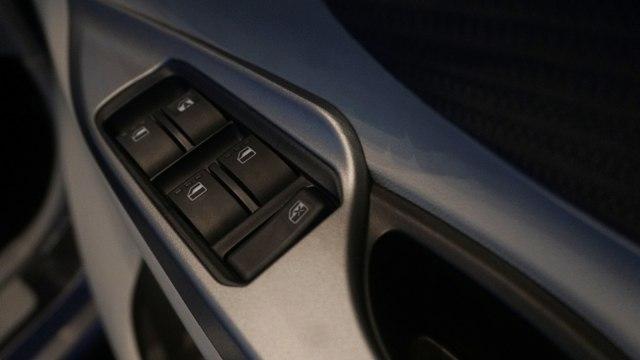 Foto: Lebih Dekat dengan Toyota Avanza dan Veloz Baru  (208)
