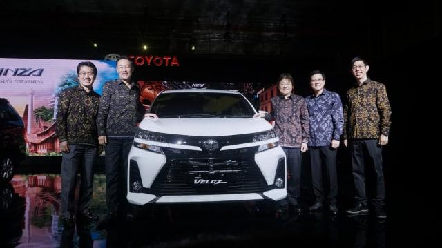 Foto: Lebih Dekat dengan Toyota Avanza dan Veloz Baru  (202)