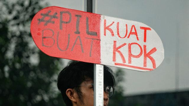 Aksi '#SaveKPK