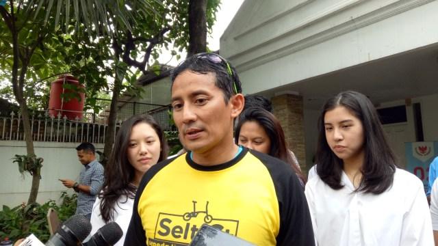 Sandiaga Uno bersama milineal di Jakarta Selatan