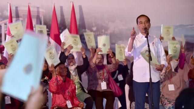 Presiden Jokowi, Joko Widodo, Sertifikat Tanah, Garut