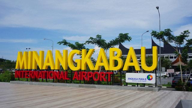Harga Tiket Naik, Penumpang Bandara Minangkabau Sepi  (11965)