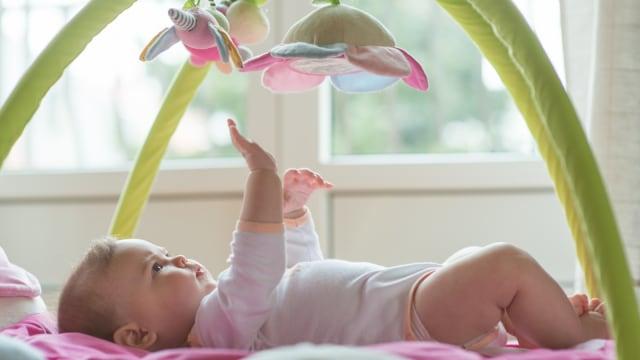 Tahap Perkembangan Tangan Bayi Baru Lahir hingga Usia 1 Tahun (80496)