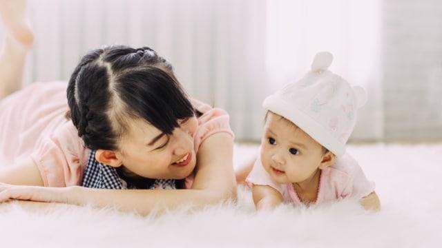 Tumbuh Kembang Bayi Usia 7 Bulan Sudah Bisa Apa Saja Kumparan Com