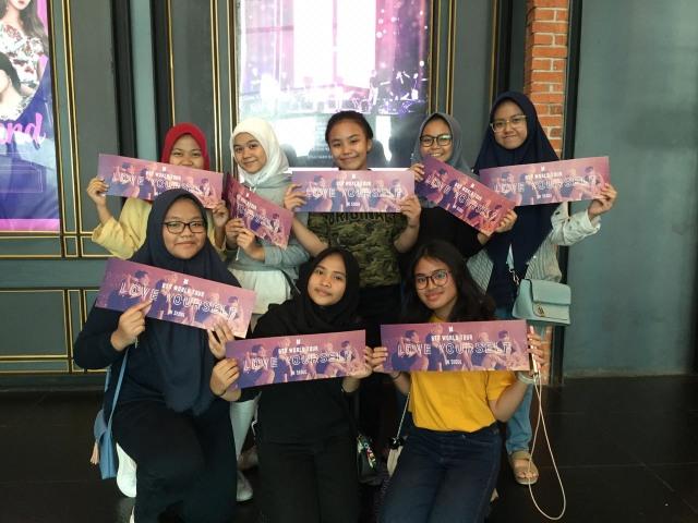 Fans Bersiap Saksikan Film Konser BTS di Bioskop Indonesia