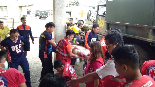 Filipina, gereja, bom