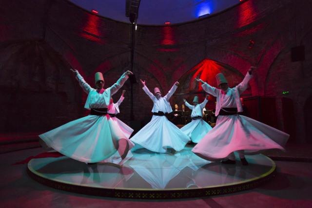 Tarian Sufi