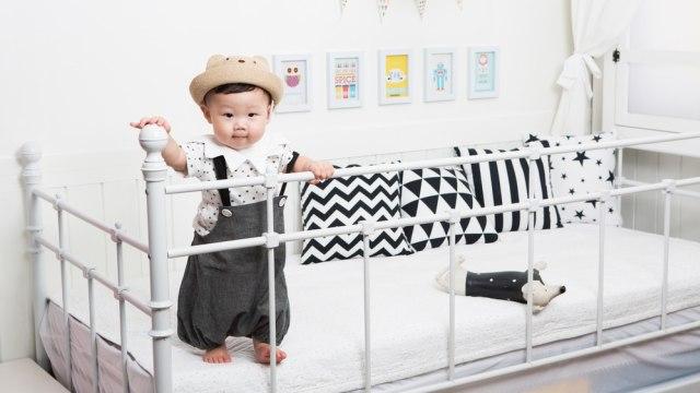 3 Kesalahan yang Perlu Dihindari saat Melatih Bayi Belajar Duduk dan Berjalan (103700)