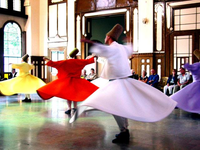Tarian sufi asal Turki