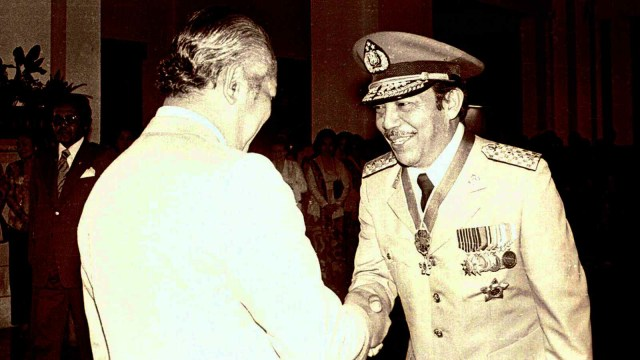 Presiden Soeharto, Letjen Polisi Awaloedin Djamin, Istana Negara