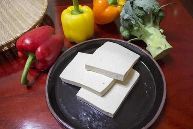 slice-the-tofu-597229__340.jpg