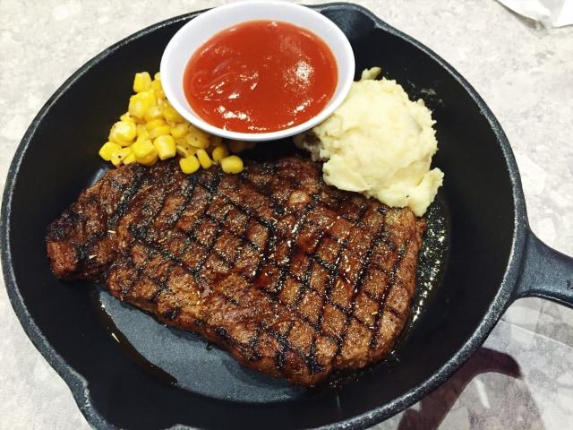 Steak Hotel by HOLYCOW! Sajikan Wagyu di Bawah Rp 200 ribu (292604)