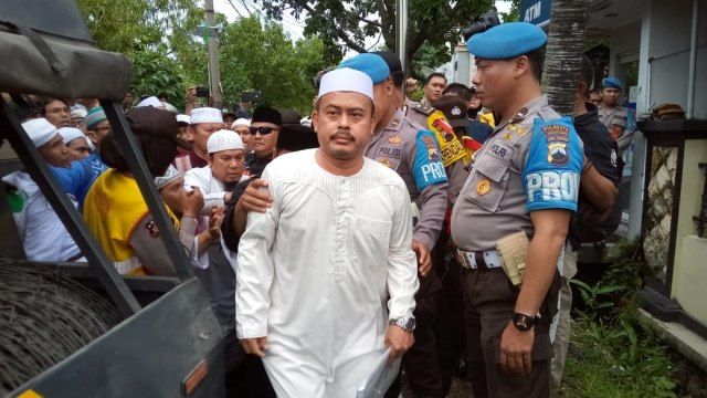 Slamet Ma'arif datang ke Mapolresta Surakarta