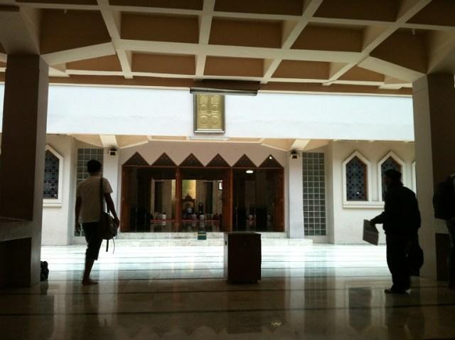 Perda Baru Kota Bandung Larang Bangun Rumah Ibadah di Ruang Parkir (1261790)