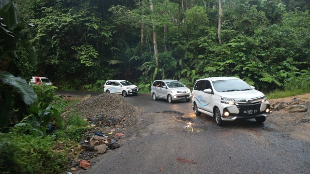 Daihatsu Xenia Baru Laris Manis di Sumatera, Indennya 3 Bulan (40206)