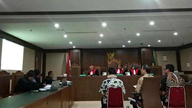 Direktur Operasional Sinar Mas V Akui Suap Anggota DPRD Kalteng (4584)