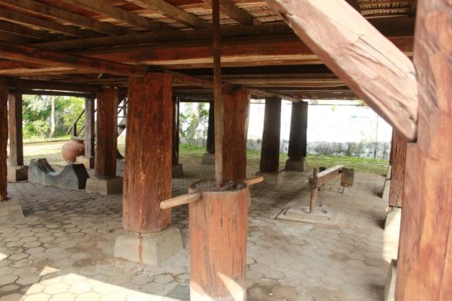 Lebih Dekat dengan Lamban Pesagi, Rumah Tahan Gempa Asli Lampung (9965)