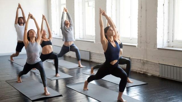 7 Mitos Seputar Yoga yang Tak Perlu Dipercaya (43005)