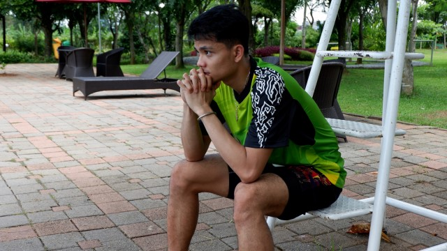 Ricky Karanda Suwardi berpose di The Springs Club, Serpong