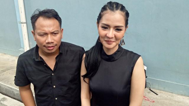 Vicky Prasetyo, Anggia Chan