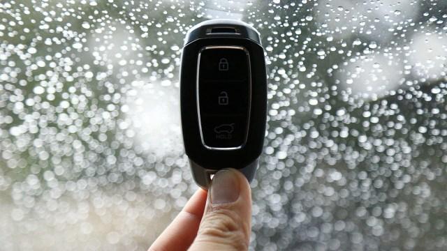 Berita Populer: Anak Kunci Keyless Mobil; Asa pada All New Honda CBR150R (902727)
