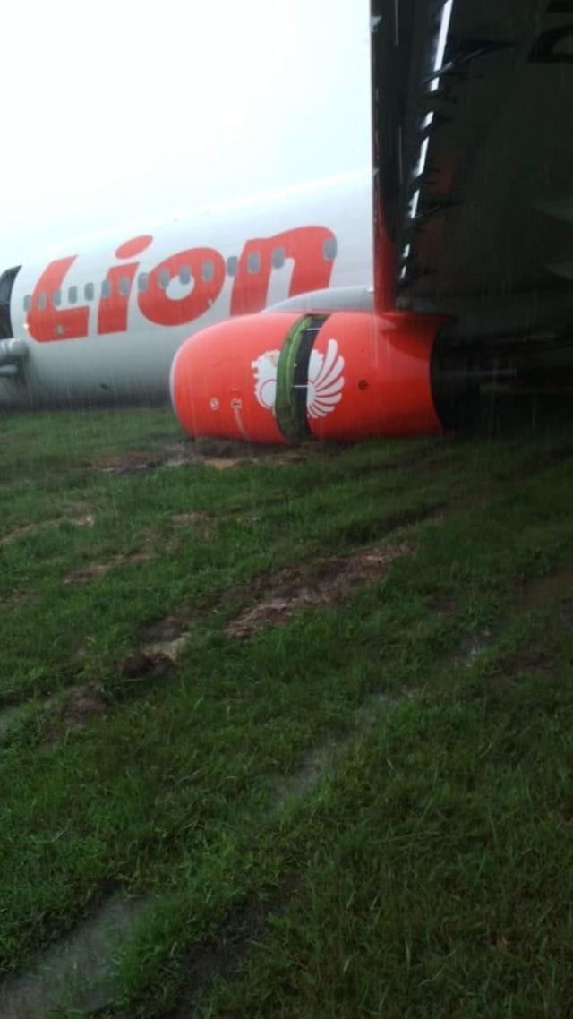 Lion Air tergelincir di Pontianak