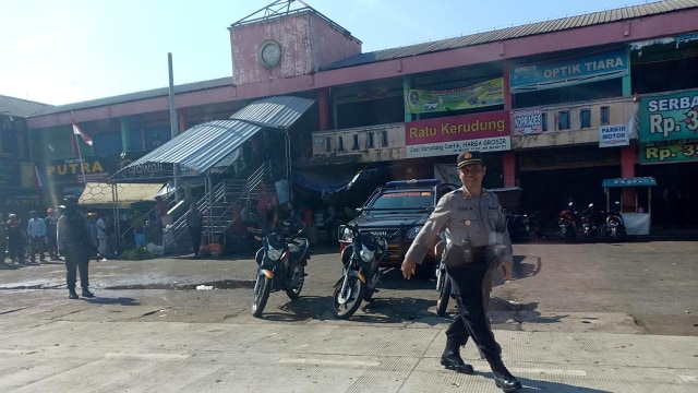 Suasana lokasi ledakan di Pasar Sampang Cilacap