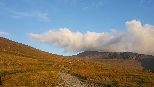 Three Peaks Challenge: Menaklukkan 3 Gunung Tertinggi di Inggris Raya (30908)