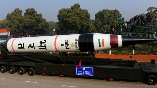Infografik: Membandingkan Kekuatan Militer India dan Pakistan  (393396)