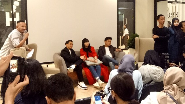 Afgan, Isyana dan Rendy Pandugo Kembali Kolaborasi di 'Feel So Right' (30753)