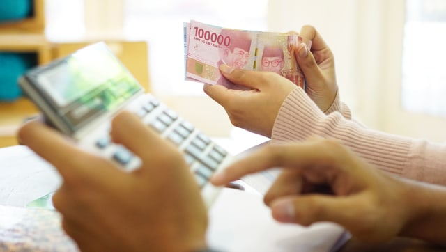 3 Tanda Keuangan Keluarga Bermasalah (77718)