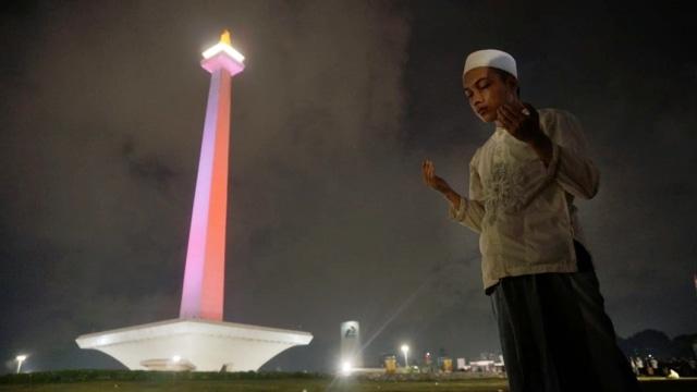 Malam Munajat 212,Monumen Nasional (Monas)