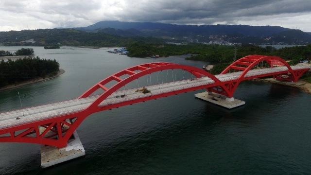 5 Fakta Menarik Jembatan Youtefa di Uang Khusus Rp 75 Ribu (195329)