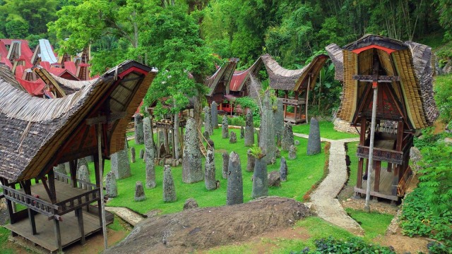 Bori Kalimbuang, Situs Batu Berdiri ala Toraja yang Mirip Stonehenge (928601)