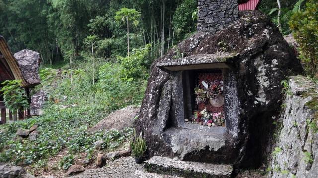 Bori Kalimbuang, Situs Batu Berdiri ala Toraja yang Mirip Stonehenge (928610)