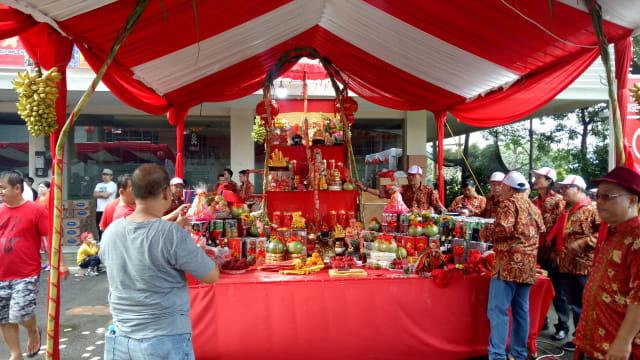Menguntai Keberagaman dalam Balutan Festival Cap Go Meh Tambora (14860)