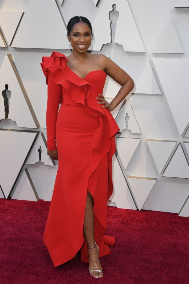 Melihat Jennifer Hudson Menjelma Menjadi 'Ratu Soul' Aretha Franklin (303189)