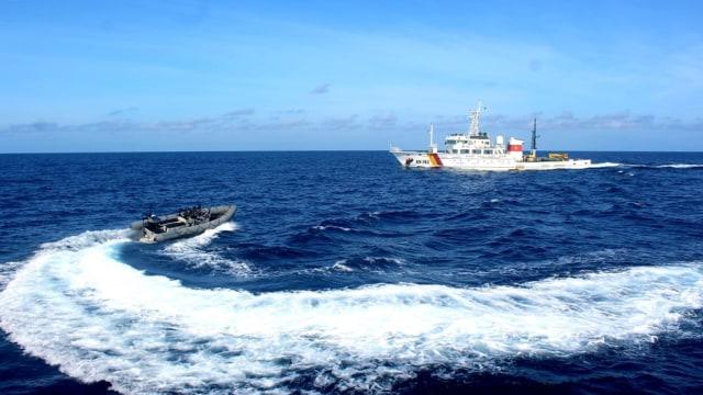 Menghentikan Pencurian Ikan oleh Kapal Asing (84205)