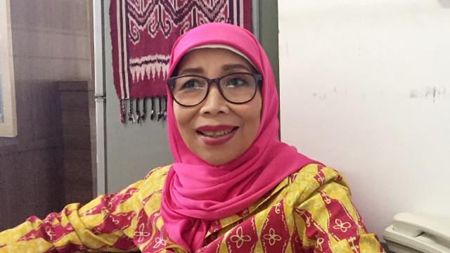 Ketua KPID Jawa Barat, Dedeh Fardiah