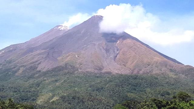 gunung karangetang terbaru.jpg