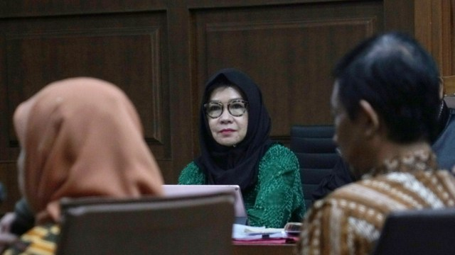 Bebasnya Eks Direktur Keuangan Pertamina dari Kasus Korupsi Rp 568 M  (1250669)