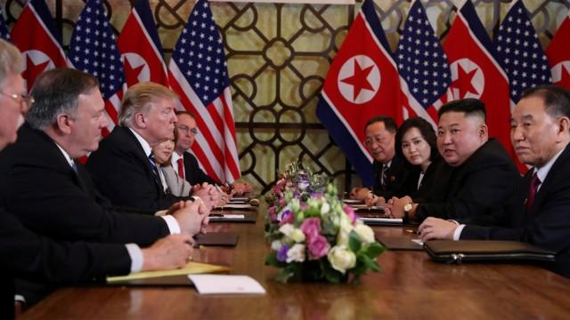 Trump Pulang, Kim Jong-un Masih Berada di Vietnam (157949)