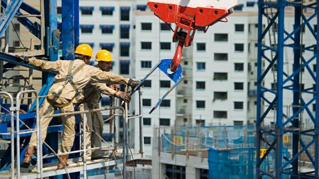 'Buah Simalakama' antara Korporasi, Buruh, dan Posisi Pemerintah (20633)