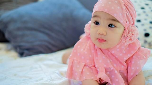 50 Nama Bayi yang Dilarang di Arab Saudi: Amir, Iman, Linda dan Maya Termasuk! (120355)
