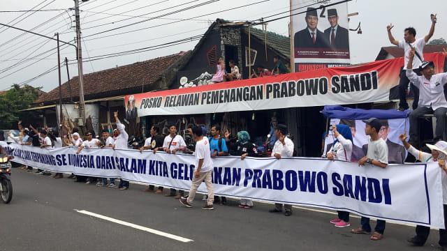 Pendukung Paslon Capres 02 Prabowo, Salam 2 jari, Magelang