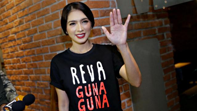 Reva Guna Guna, Angel Karamoy