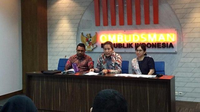 Konferensi Pers Konsorium Permbaruan Agraria (KPA) dan Ombudsman RI