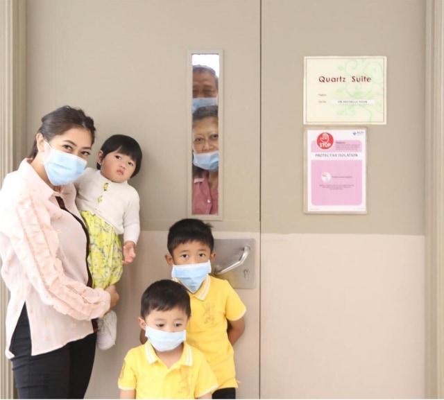 ani yudhoyono sakit 2.jpg